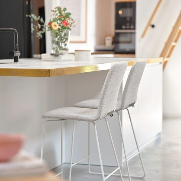 Pamp-Counter-Stool-Lifestyle