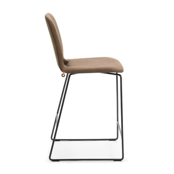 Pamp-Counter-Stool-Side